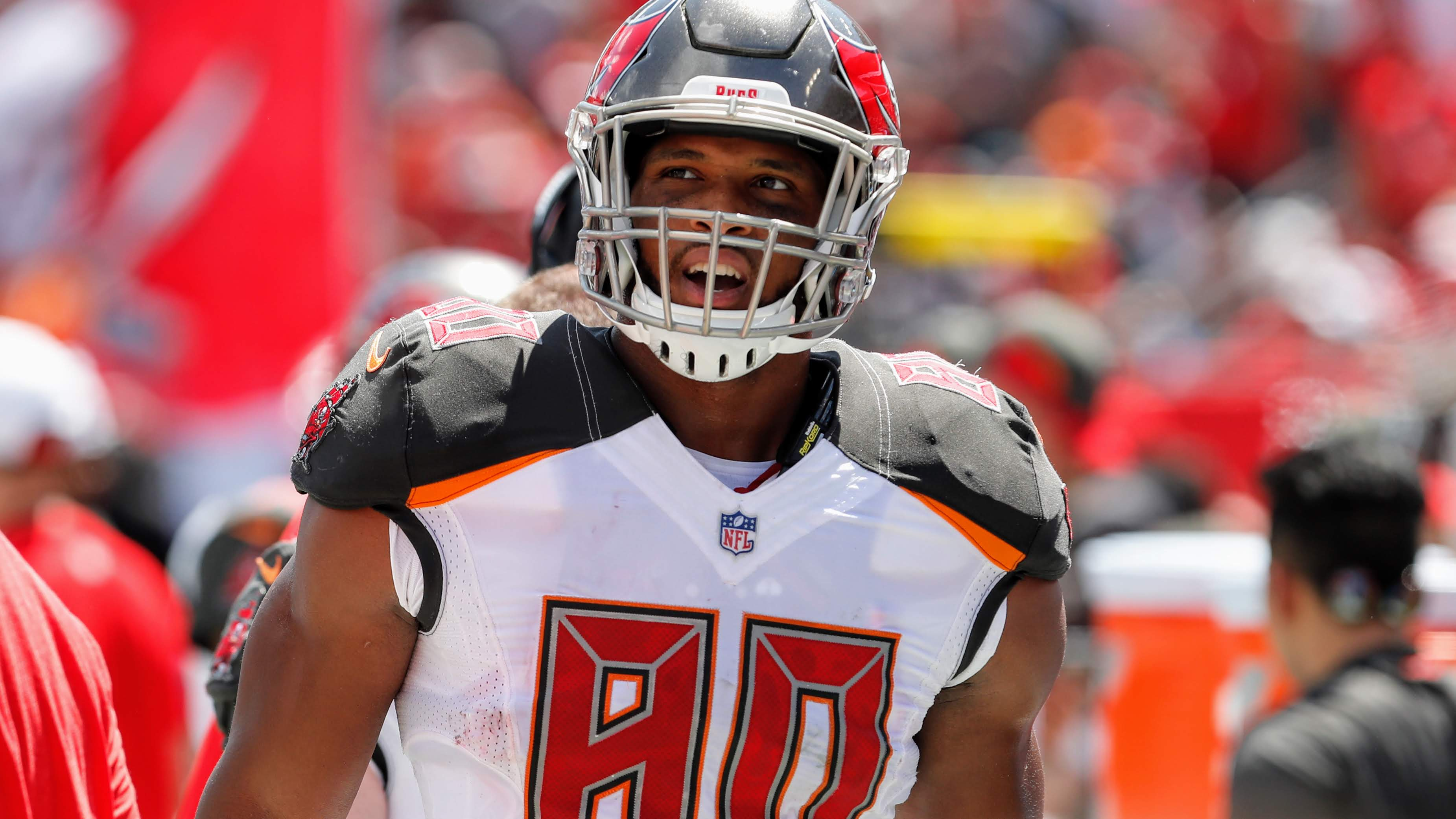size 40 0ff60 d0c37 O.J. Howard is not a tight end...Tight ends don't run that ...