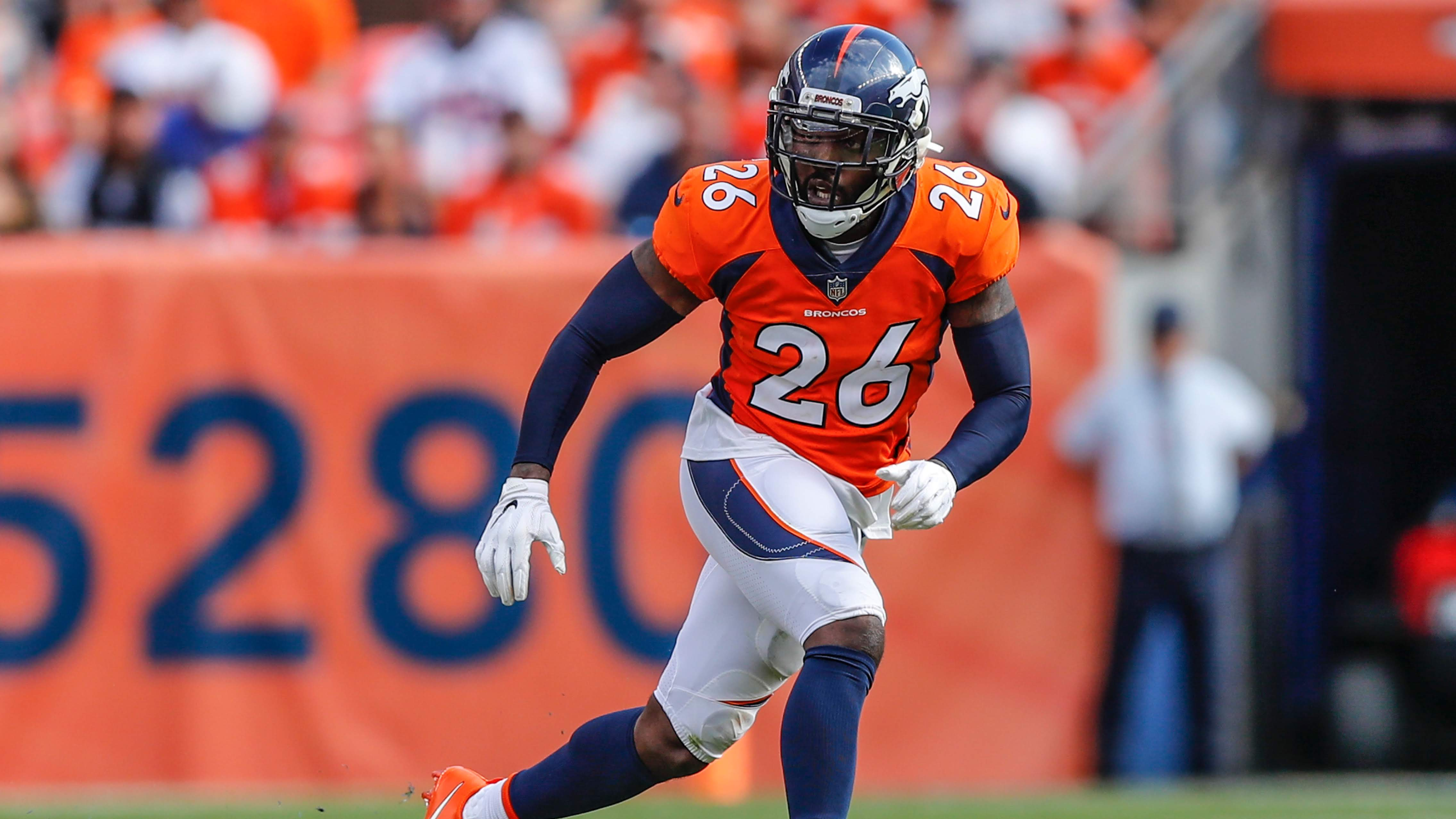 Former Broncos safety Darian Stewart brings veteran experience to Bucs