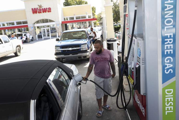 National Gas Prices Drop As Florida Tampa Bay Remain Steady