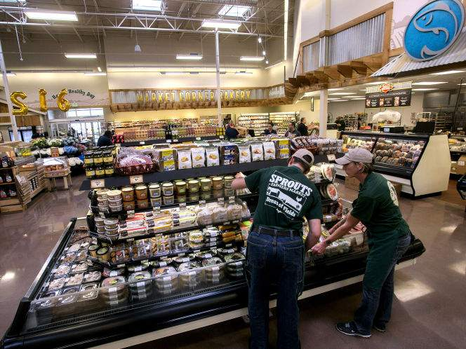 Report: Albertson's in early talks to buy Sprouts Farmers Market