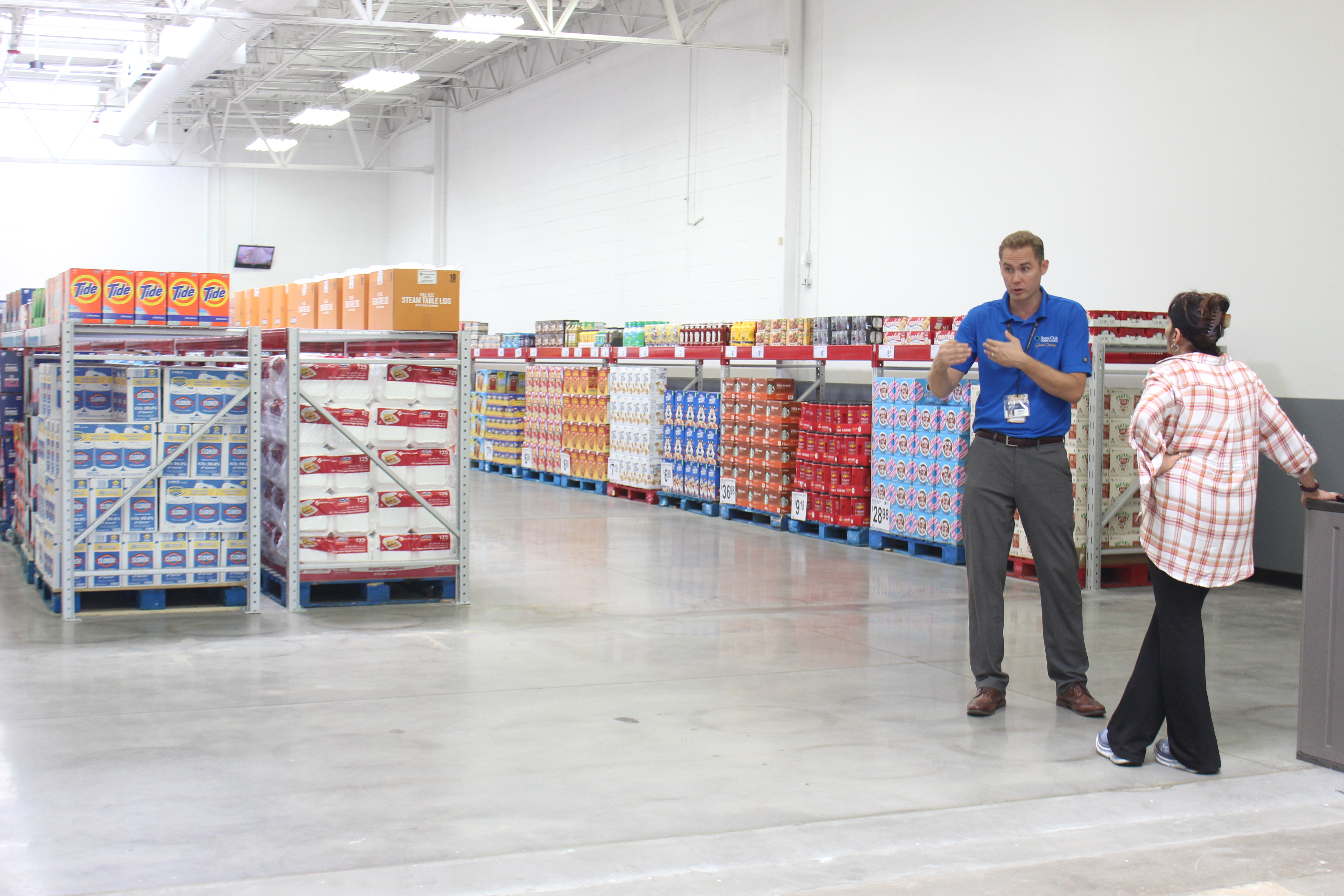 What Time Does Sams Club Open On Sunday >> At South Tampa Sam S Club A Marriage Of Ecommerce And