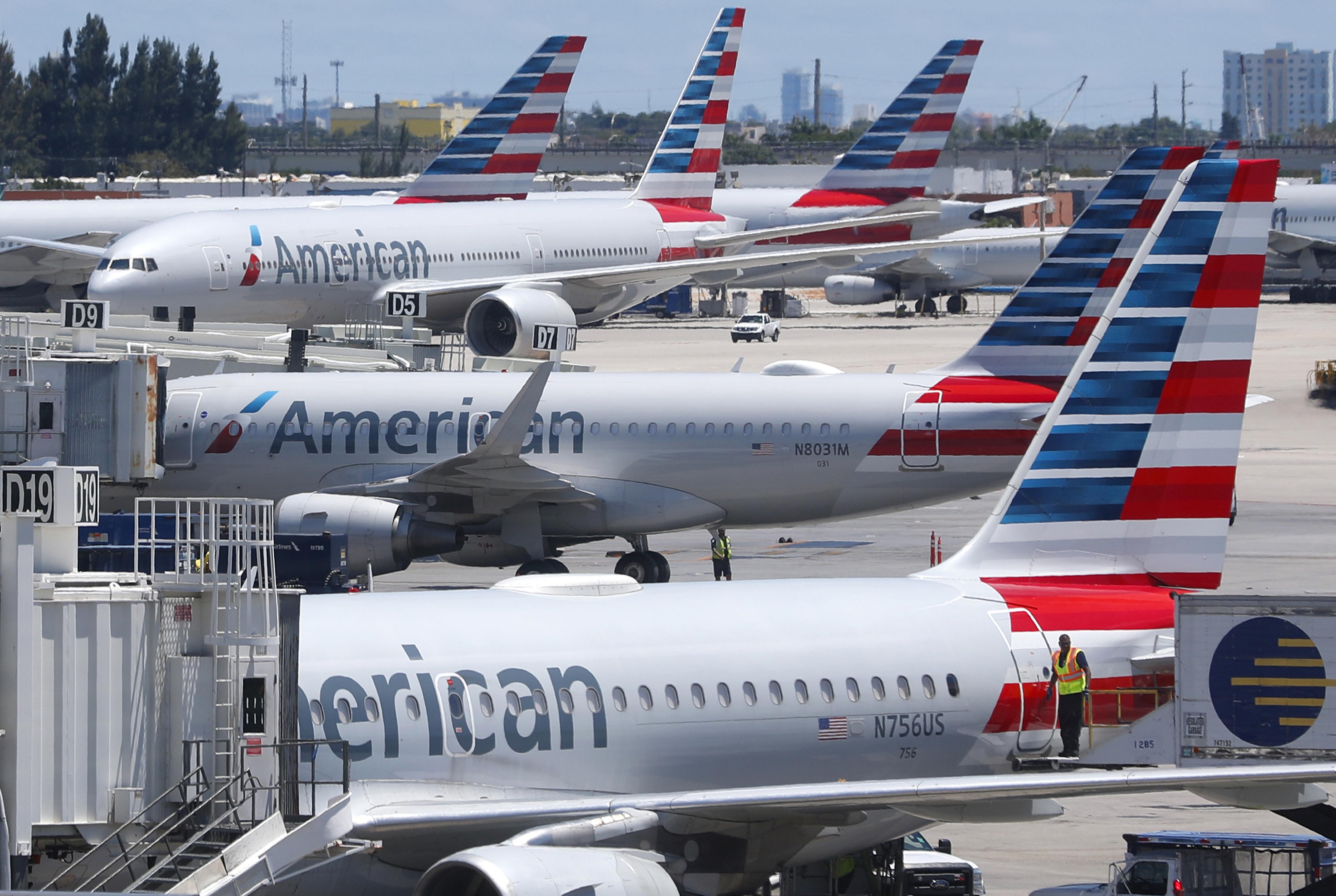 Wondrous Florida Flight Diverted After Woman Fakes Medical Emergency Machost Co Dining Chair Design Ideas Machostcouk