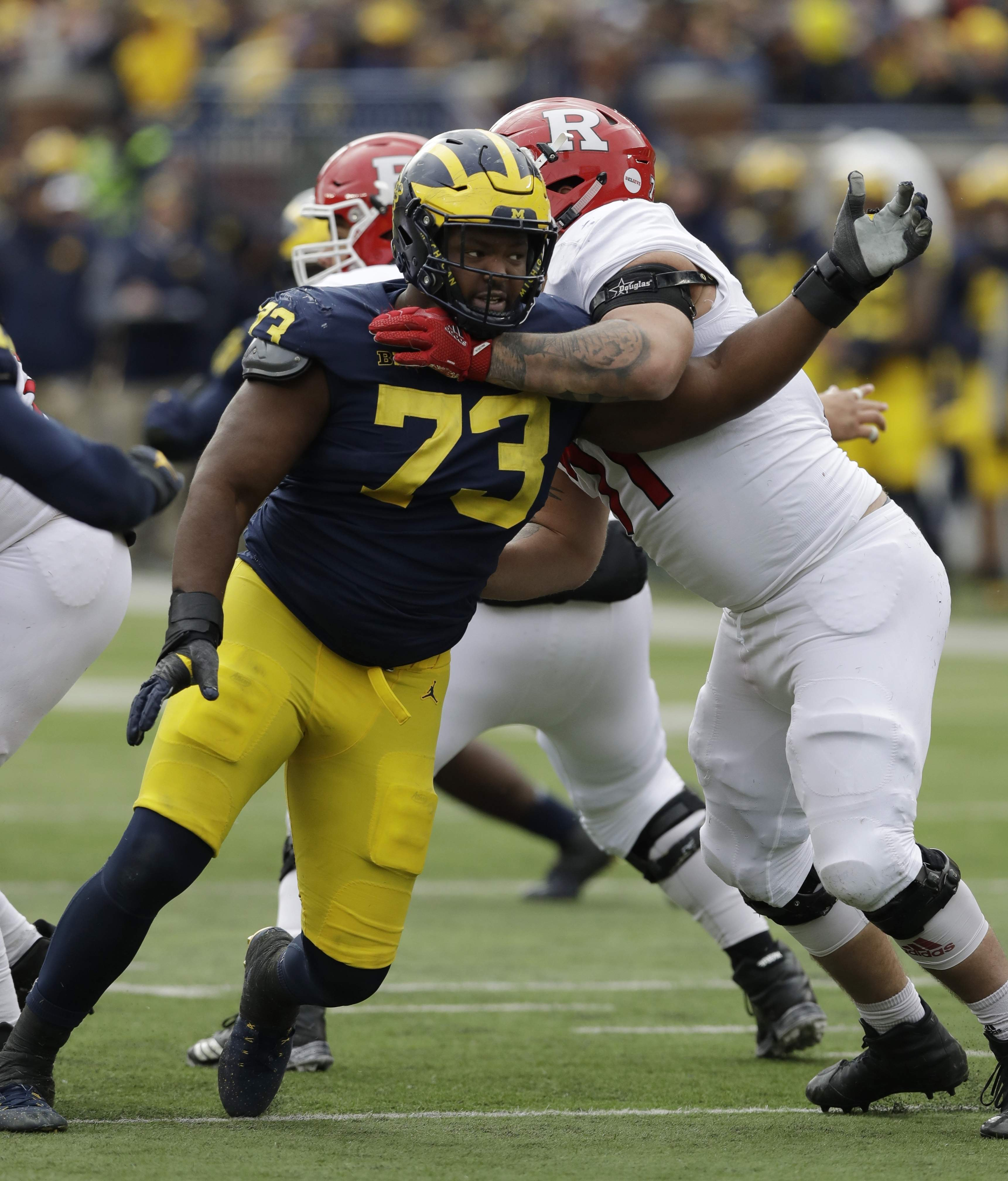 promo code 18f49 6c73f Outback Bowl journal: Michigan's Maurice Hurst won't sit out