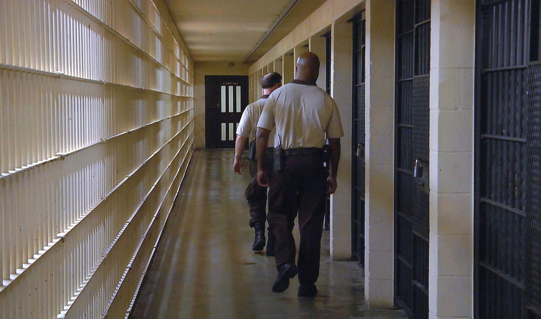 Video tour of Florida's death row shows how inmates live as