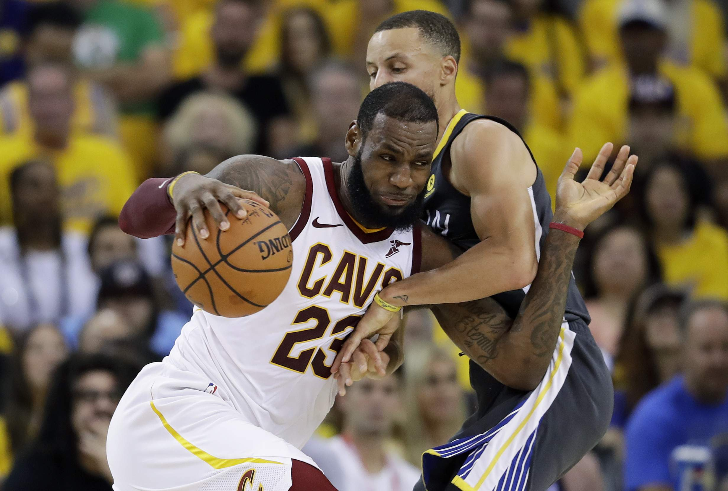 low priced d079f 476e9 Going Hollywood: LeBron James agrees to 4-year, $154M deal ...