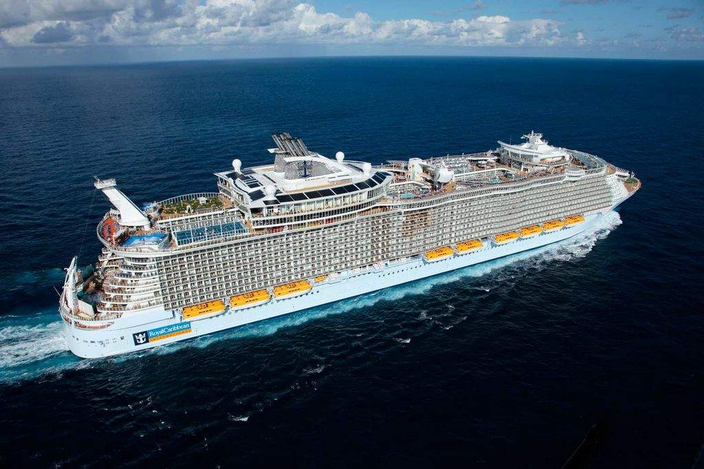 Royal Caribbean is once again building the world's largest