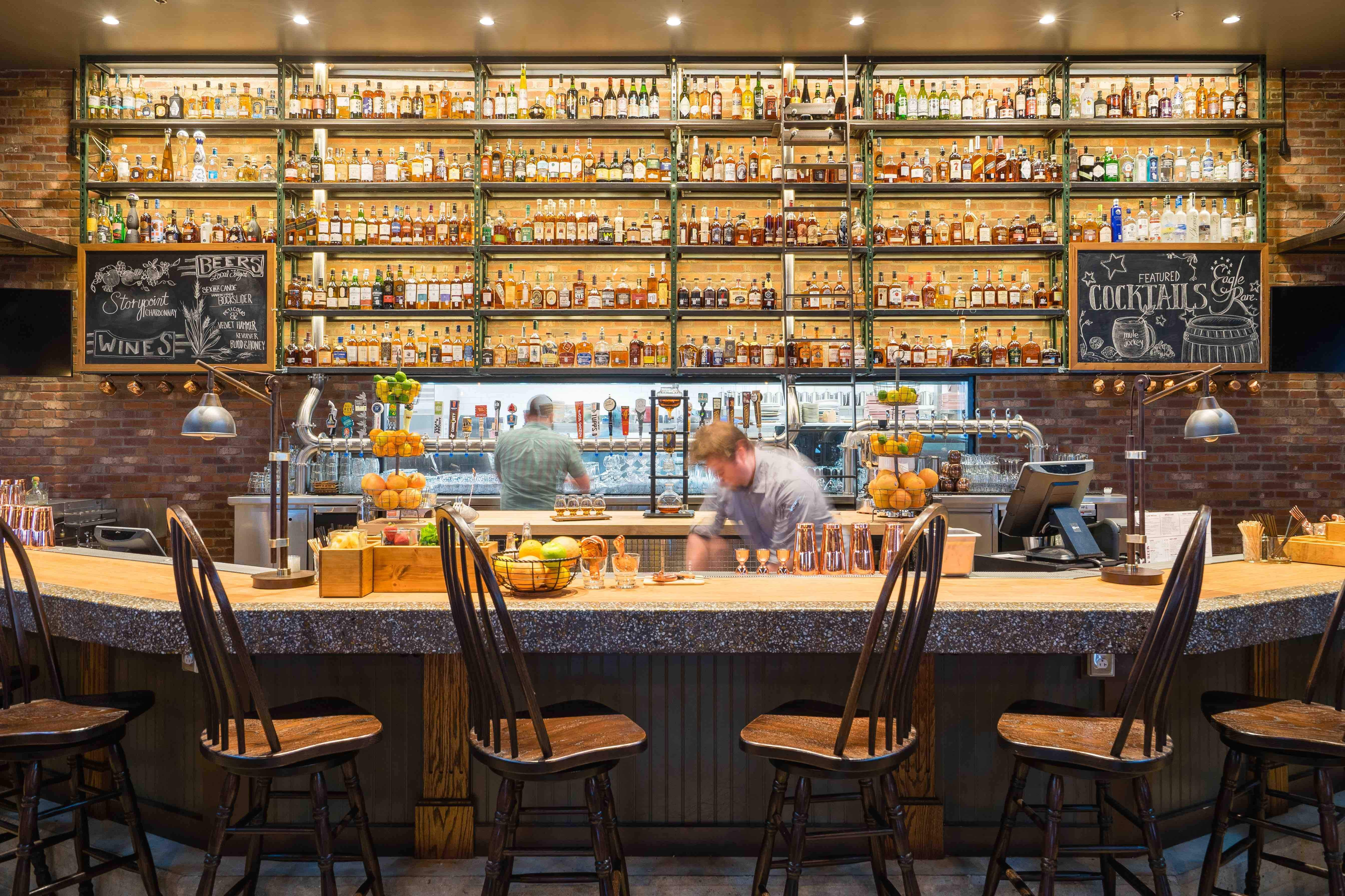 Bar Review At Tampa S Whiskey Cake Whiskey Choices And