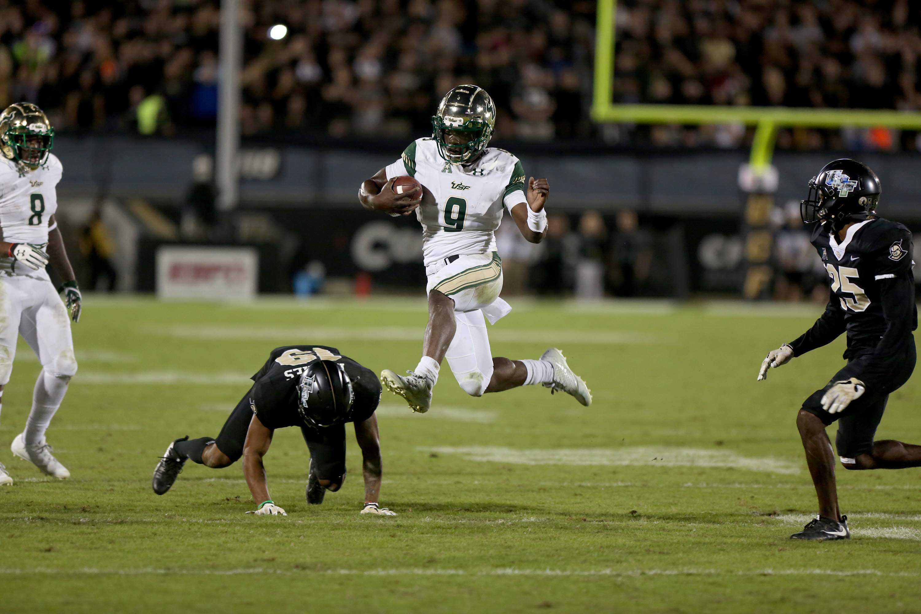 USF QB Quinton Flowers shines in 49,42 loss to rival UCF