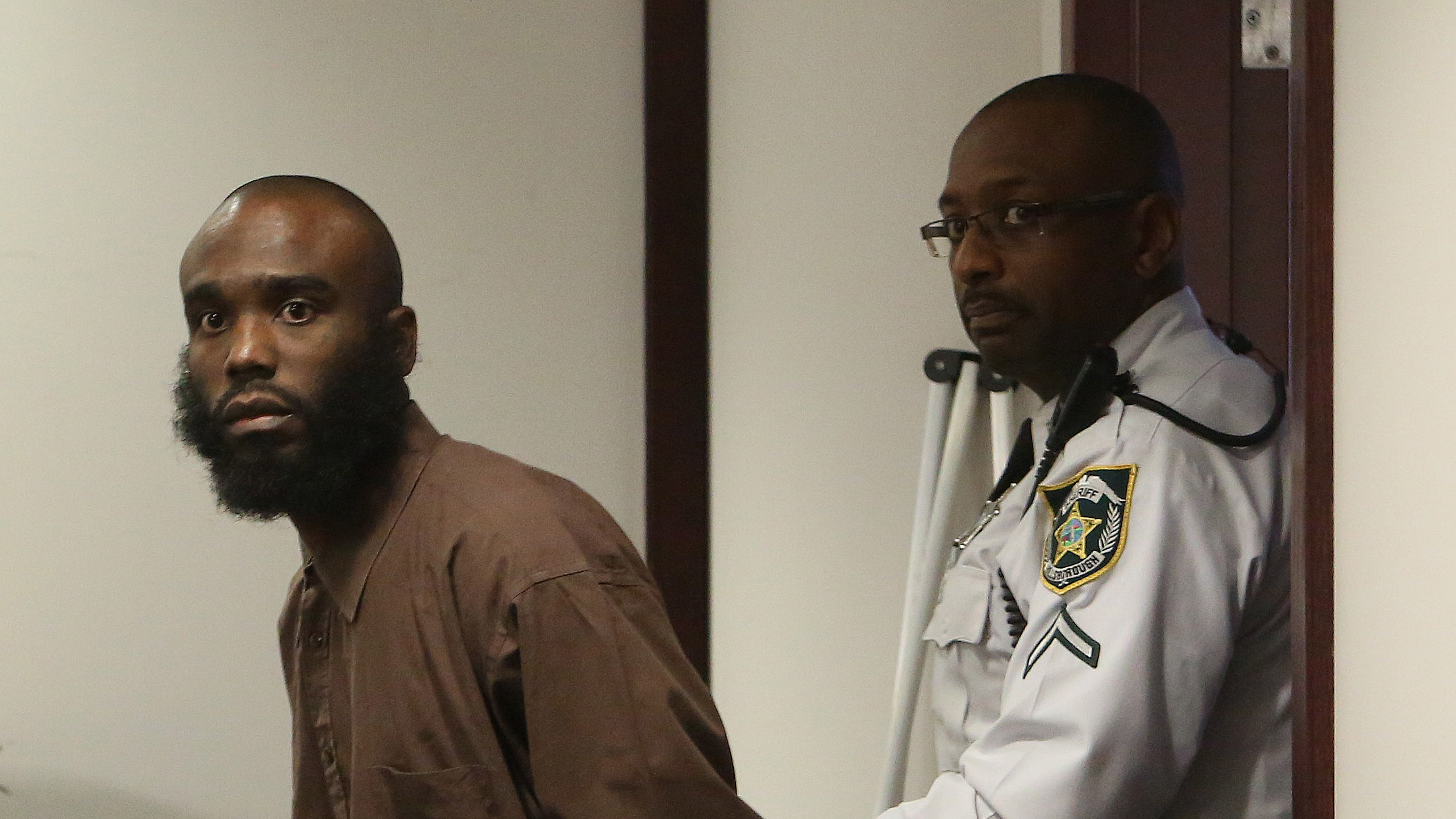 Condemned to death, Tampa cop killer returns to court