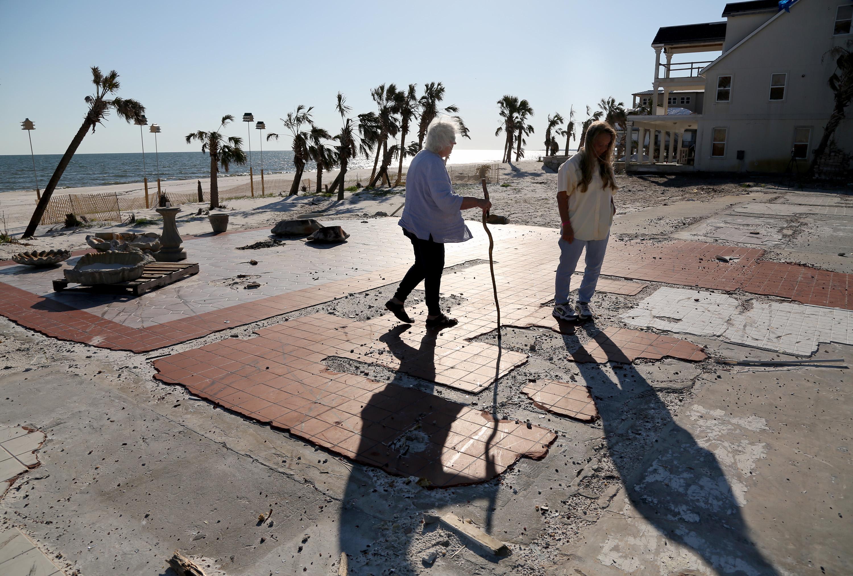 As hurricane season looms, Mexico Beach idles at a