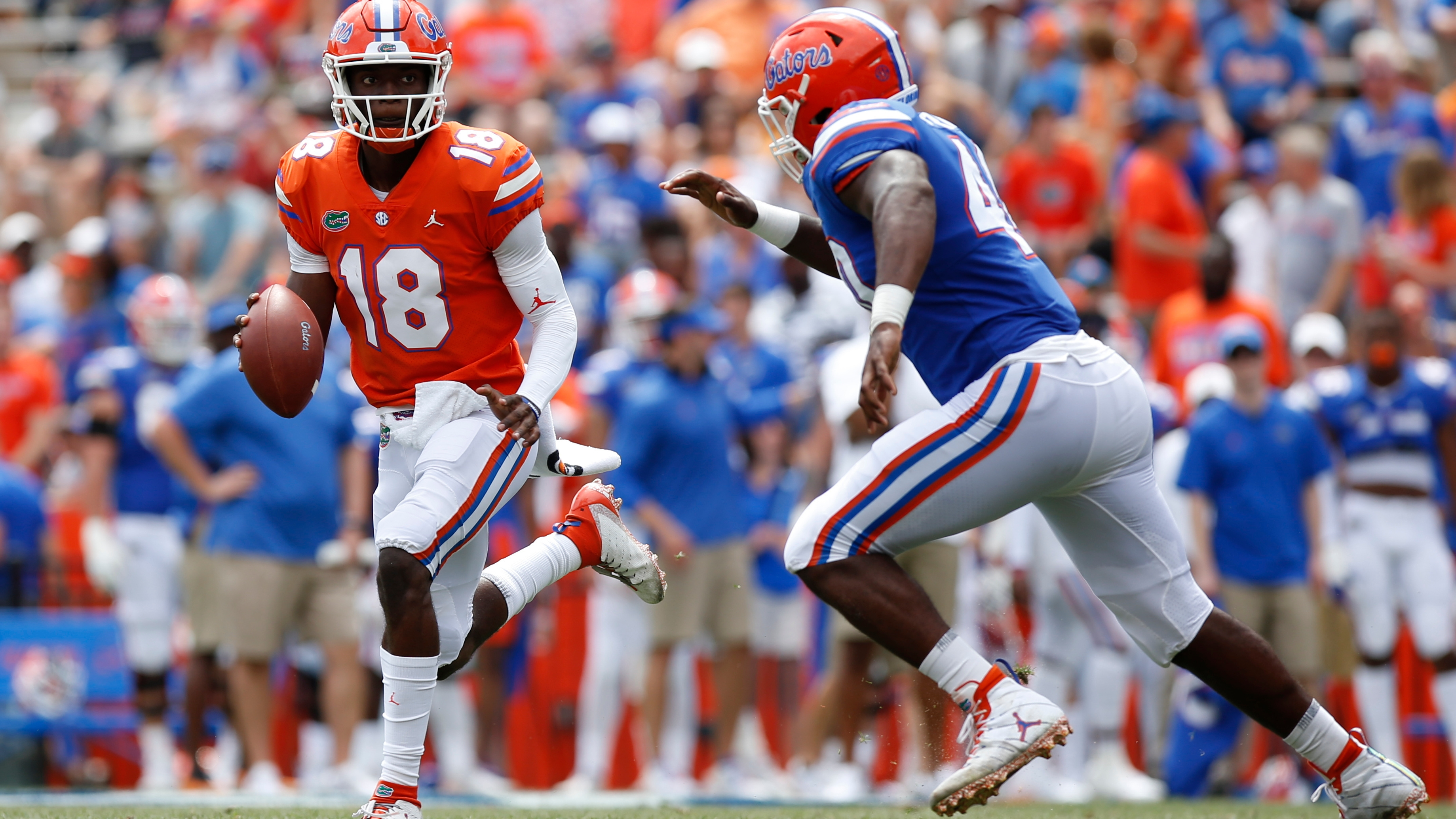 new concept 8e92c 789c3 Florida QB Jalon Jones accused of sexual battery by two women