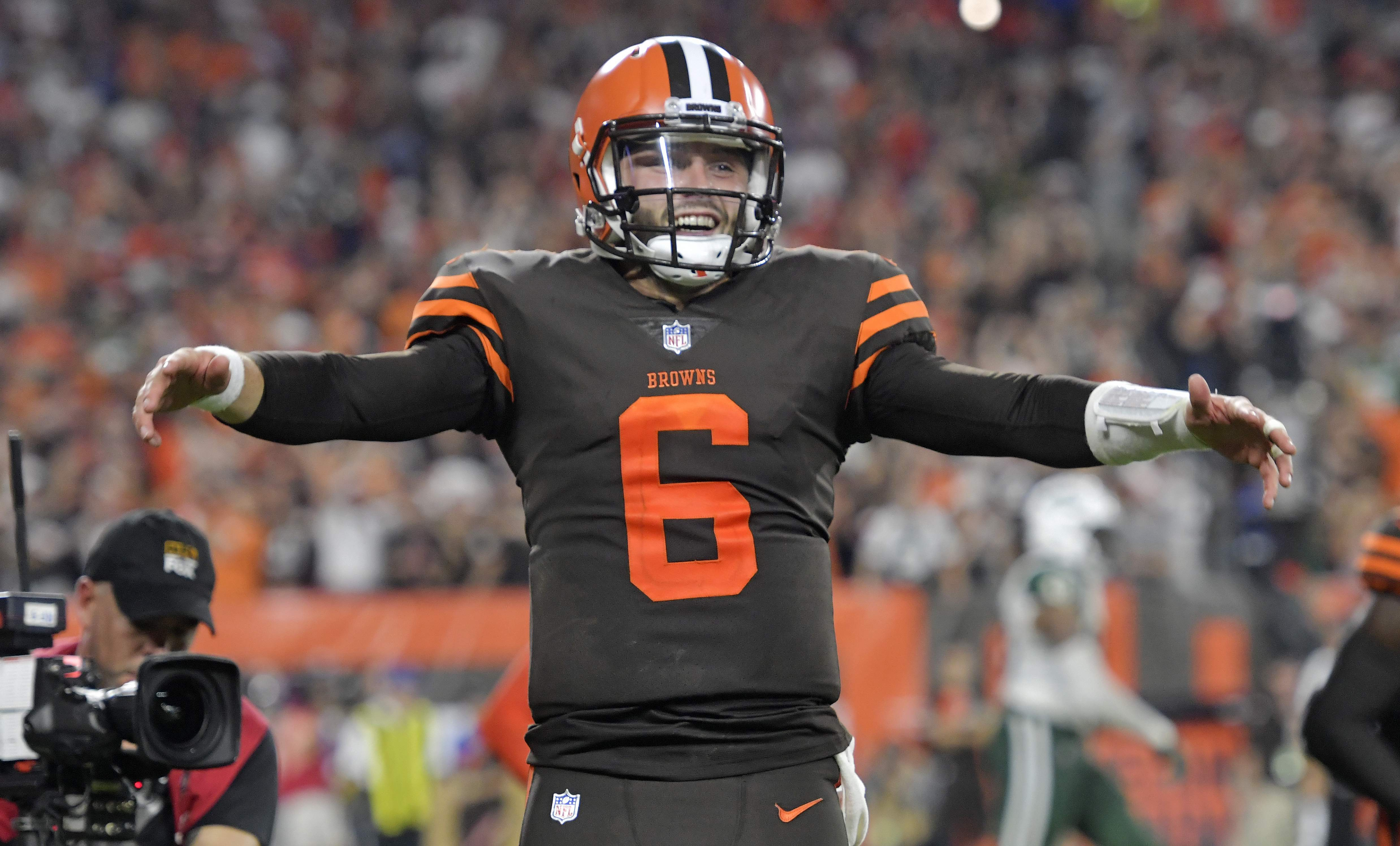 cheaper 5dd74 65ae8 Browns end their 19-game winless streak, and the Baker ...