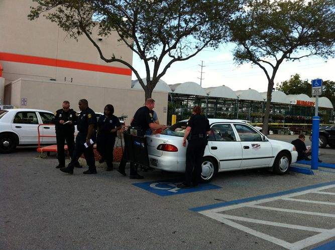 Superb Fight Over Parking Escalates To Gunfire At Home Depot Download Free Architecture Designs Scobabritishbridgeorg
