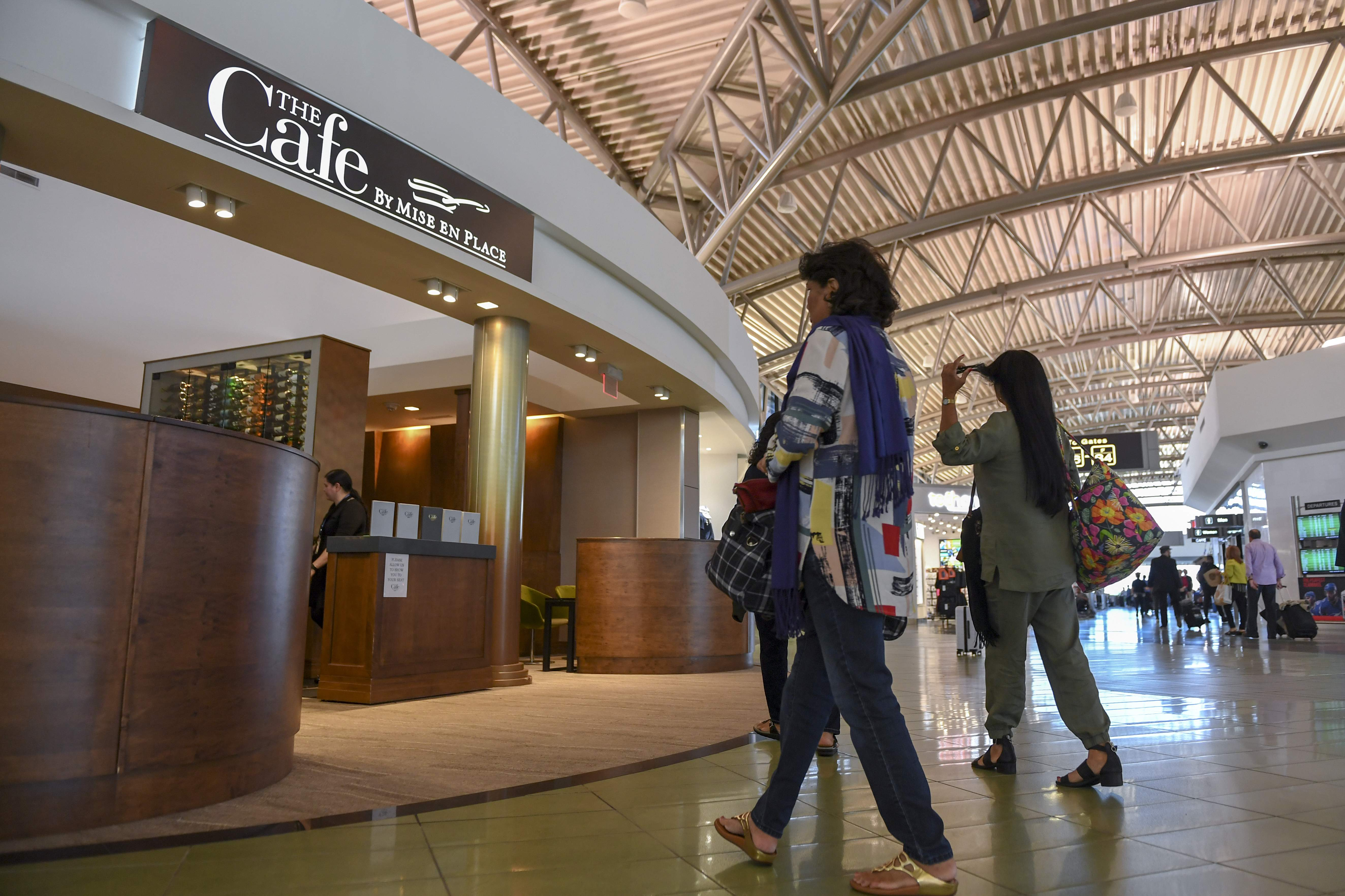 Mise En Place Design tampa airport to allow non-fliers to try its airside cuisine