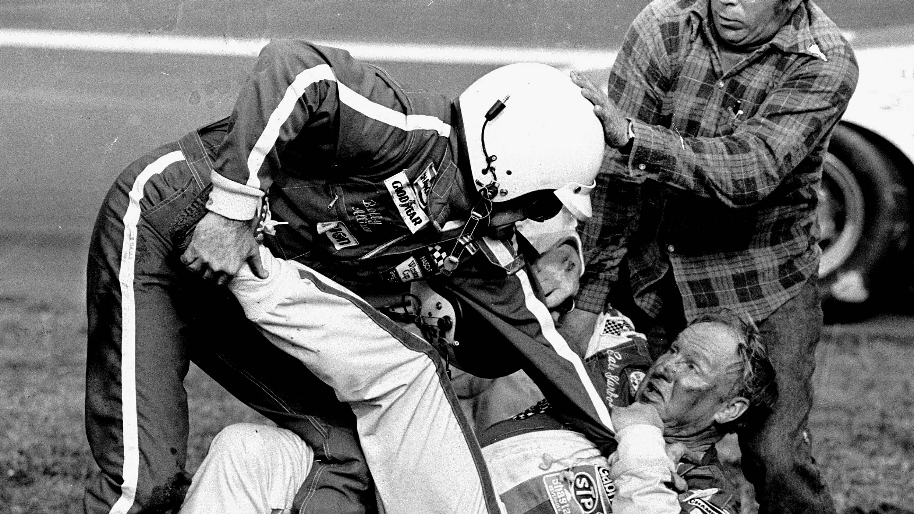 40 years later, 'The Fight' still makes NASCAR go