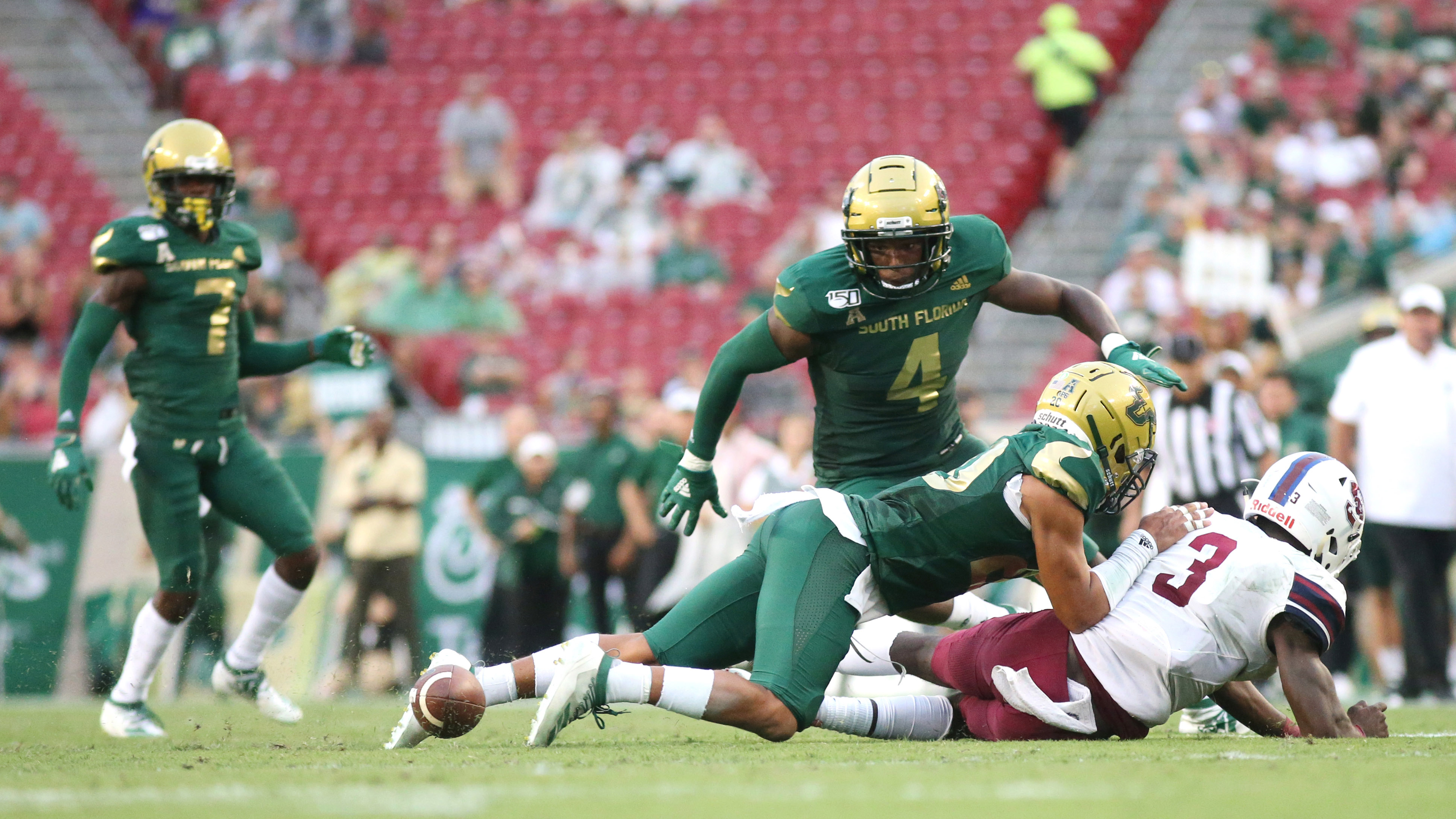 Would USF's Charlie Strong survive a ninth consecutive defeat?