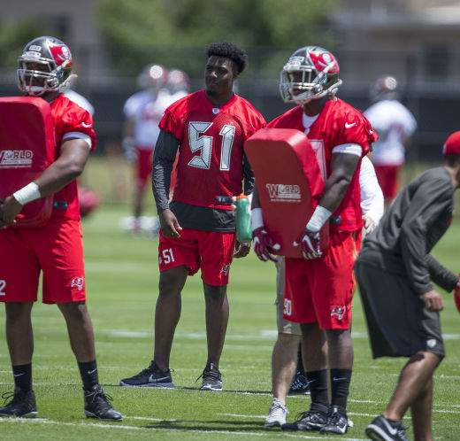 best website 7079d 10e52 Bucs rookie Kendell Beckwith impatiently waits to get back ...