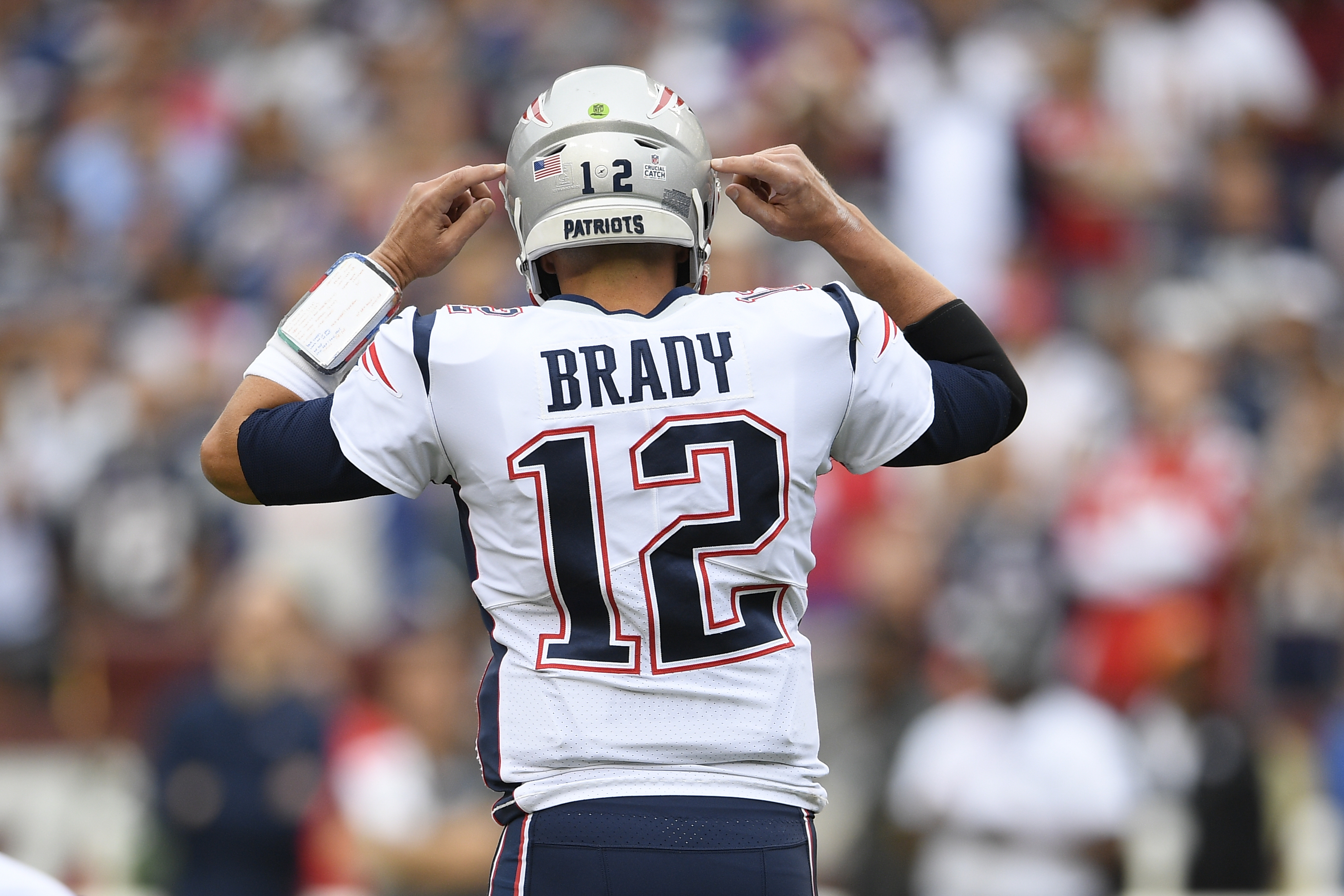 Report: Tom Brady gets a physical, is closer to official contract ...