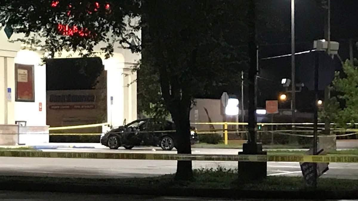 Woman found shot inside car outside Walgreens in Brandon