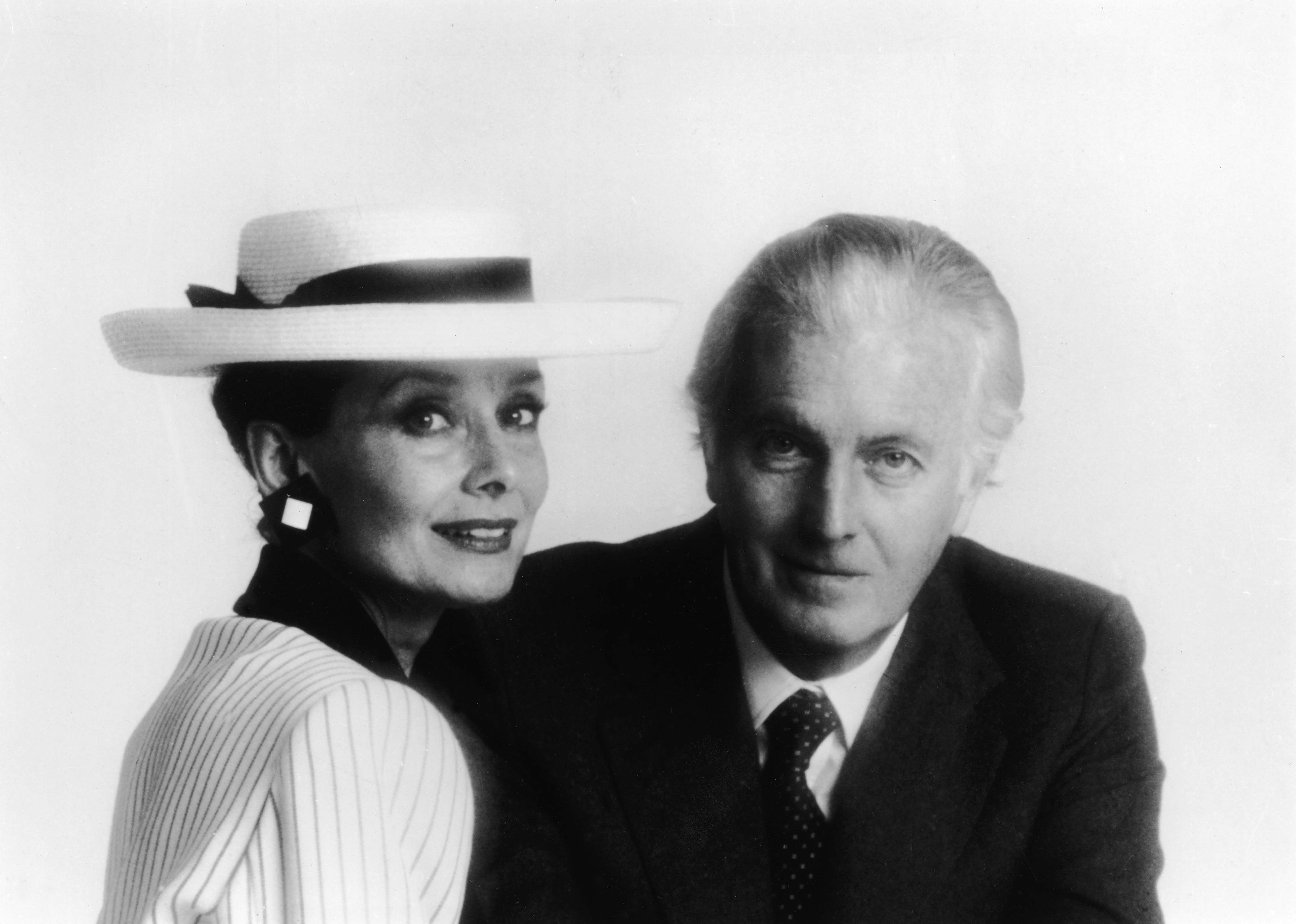 Hubert De Givenchy French Clothing Designer Who Transformed Audrey Hepburn Into A Style Legend Dies At 91