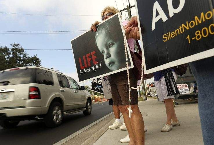 40 Days for Life' volunteers peacefully picket three