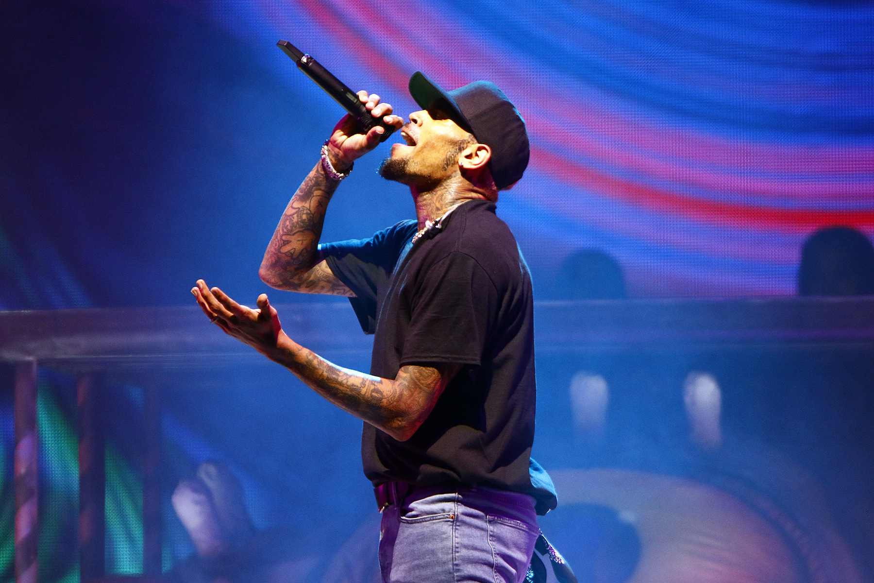 Review: At Chris Brown's concert in Tampa, a reflection on