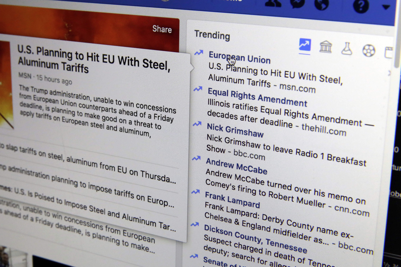 Facebook Kills Trending Topics Tests Breaking News Label