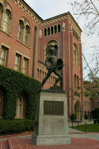 Combine USC, UCLA campus tours with Los Angeles attractions