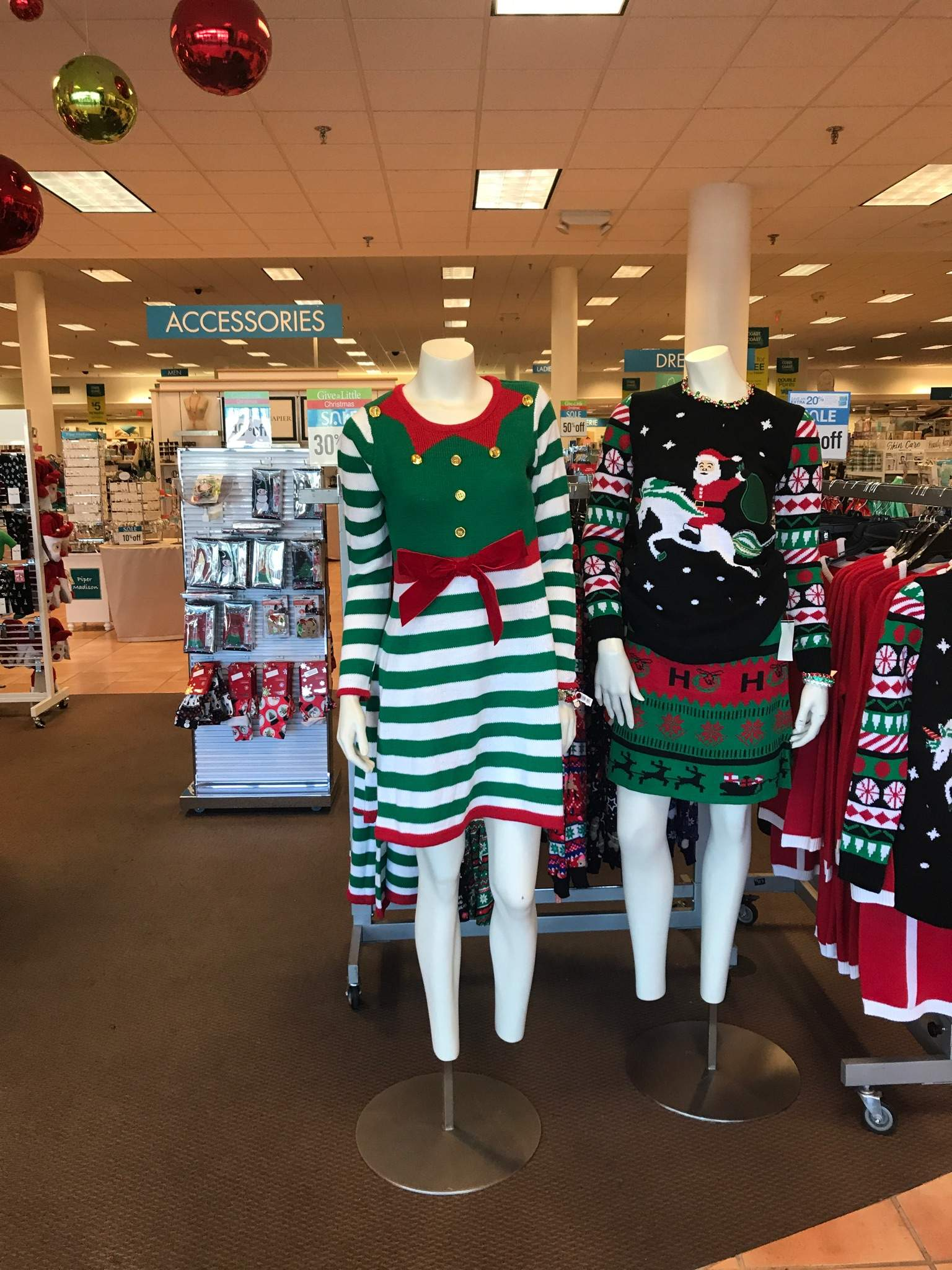 reputable site 15591 3ff78 Festive fashion faux-pas: And you thought Ugly Christmas ...