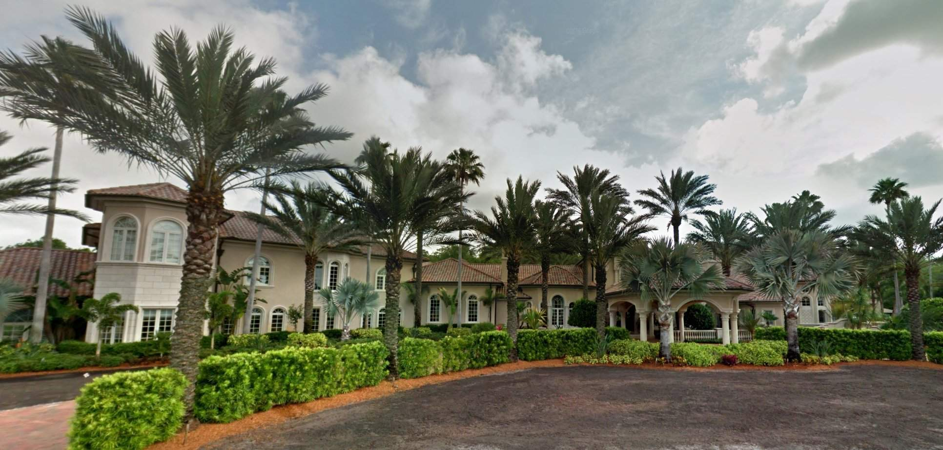 Peachy Seller Of Tampa Bay Mansion Paid Buyer 300 000 To Get Out Download Free Architecture Designs Rallybritishbridgeorg
